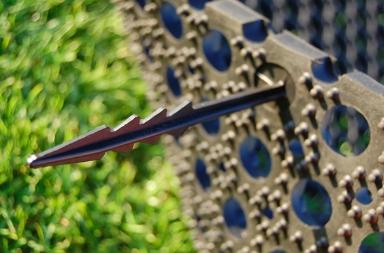 Image of Plastpløk til sikring og fastholdelse af græsarmeringsmåtte